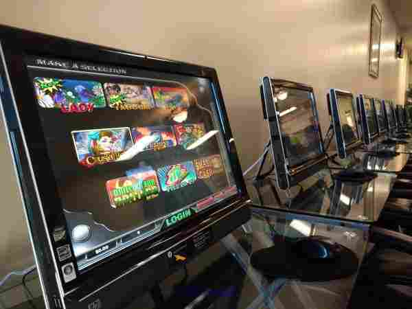 Very Profitable Slot Machine Style Games for Cafe - $1  losangeles